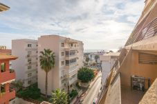 Apartamento en Benalmadena - MalagaSuite Puerto Marina & Parking