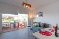 Apartment in Torremolinos - MALAGASUITE DELUXE & POOL