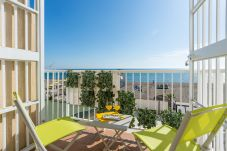 Apartment in Torremolinos - MalagaSuite Torremolinos Awesome Views