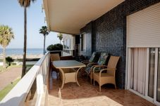 Apartment in Torremolinos - MALAGASUITE CARIHUELA BEACH & SUN